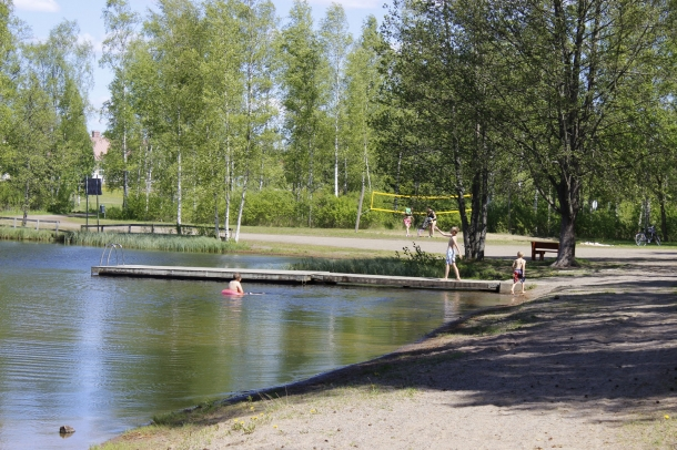 Beach at Vieremä Mäkilammi area.